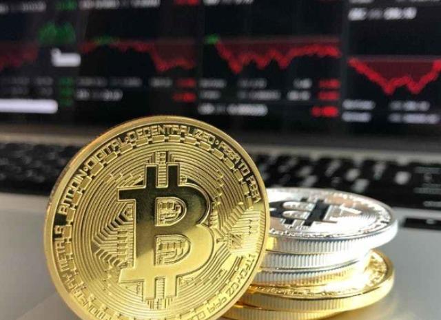 行情分析:主流币如期回撤,但BTC仍稳定在一万美元上方