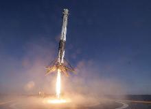 加密钱包搭载着马斯克的SpaceX火箭 to da moon !